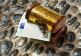 Как в Нарнии: После покупки в Интернете, мужчина нашел в шкафу 95 тысяч евро